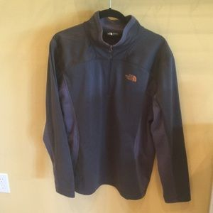 Medium weight North Face half zip.